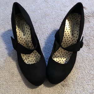 American Eagle Black Heels